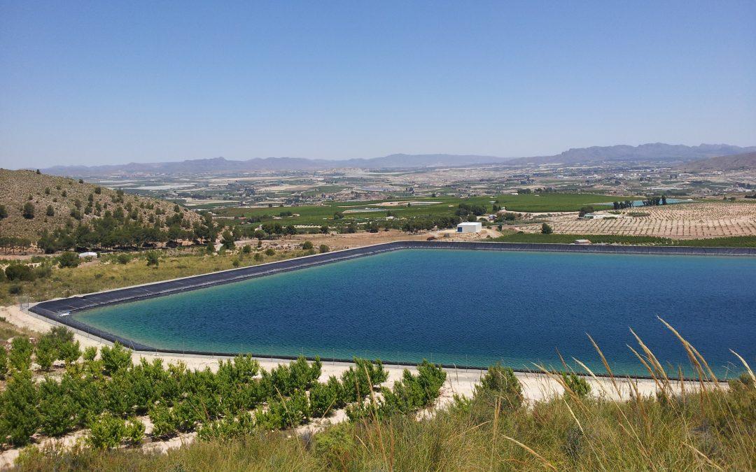 El Ayuntamiento de Cieza recibe de la UPCT el estudio sobre la IGP del melocotón amarillo