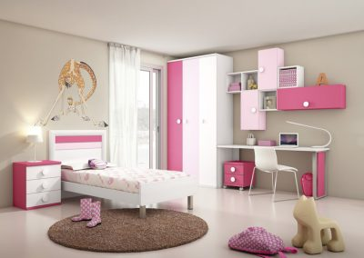 Exposición de un dormitorio juvenil en la tienda de Muebles Juan.