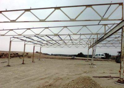 Imagen de la construcción de una Estructura Metálica para finca agrícola en Cieza.