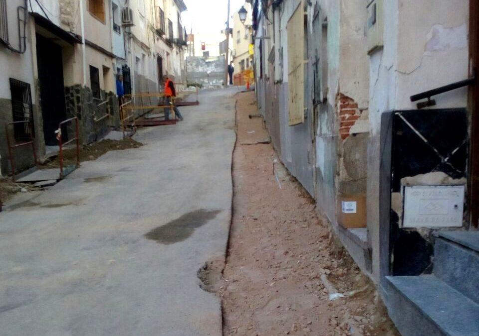 """Saorín: """"Las memorias de albañilería de los consejos comarcales contribuirán al mantenimiento las calles de nuestro municipio"""""""
