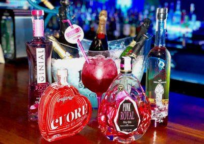 Foto de los Combinados con bebidas premiuns de distintos y originales sabores en Moon Blue de Cieza.