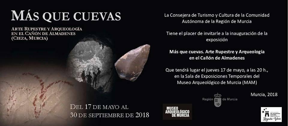 Invitación de la exposición Más que cuevas en el museo arqueológico de Murcia.