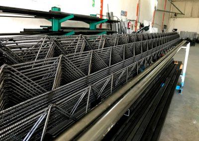 Foto de la estanterías de hierro del Almacén de Hierros Cieza.