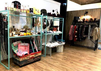 Foto del interior la tienda Marlem, Moda y Complementos en Cieza.