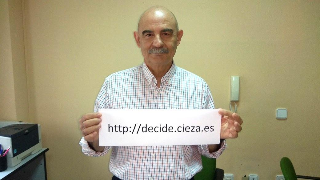 Miguel Gual presenta 'Decide Cieza', la web que dará soporte a los presupuestos participativos de 2018/2019