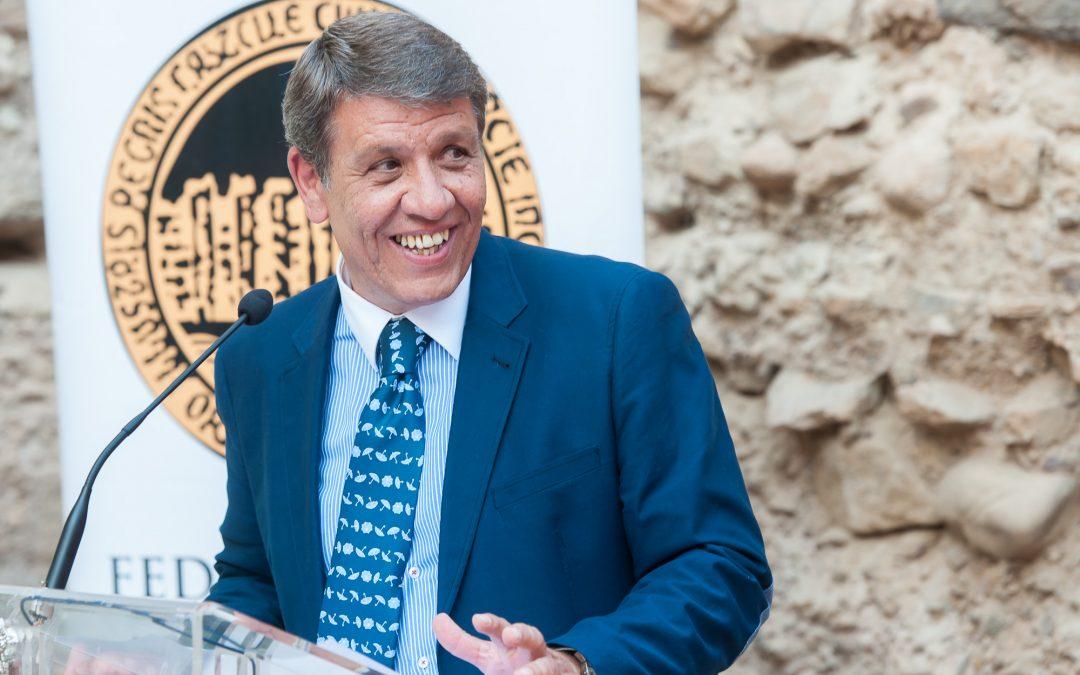 Alfonso de la Cruz, presentador de los Carteles de la Semana Santa de Cieza 2019