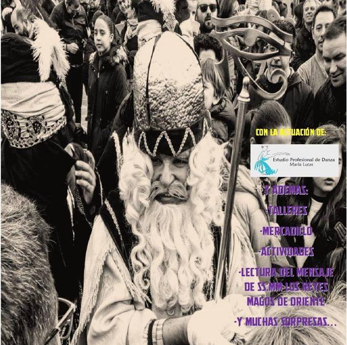 El Emisario Real de SS. MM. los Reyes Magos de Oriente llega a la Plaza de España