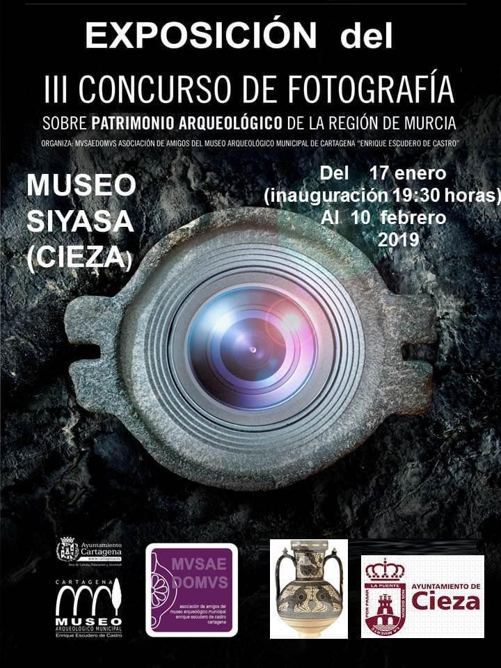 Cartel de la exposición del concurso de fotografía de arte rupestre en Cieza.