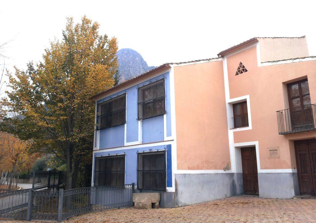 Foto del exterior del Molino de Teodoro o Cebolla en Cieza.