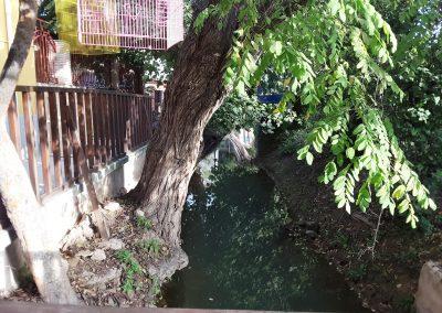 Foto de la acequia que hay junto a la Casa Rural la Atalaya, Cieza.
