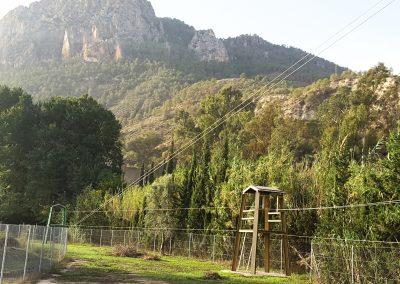 Foto del parque multiaventura que se encuentra en el Albergue la Atalaya de Cieza.