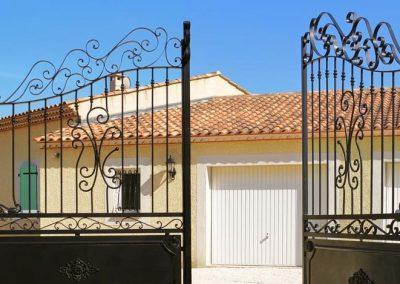 Imagen de una Puerta Metálica para casa de campo en Cieza.