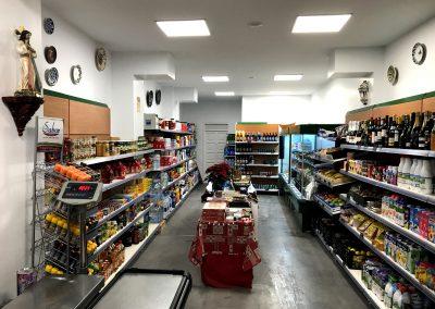 Fotografía del Interior Supermercado Los Tres Puentes, Cieza.